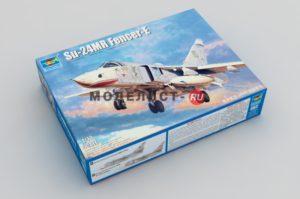 01672 Trumpeter Самолет Су-24МР  Su-24MR Fencer-E