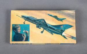 017 VEB PLASTICART Самолет MIG-21 (МиГ-21)