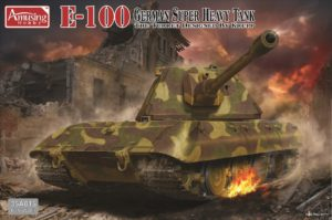35A015 Amusing Hobby 1/35 E-100 German Super Heavy Tank